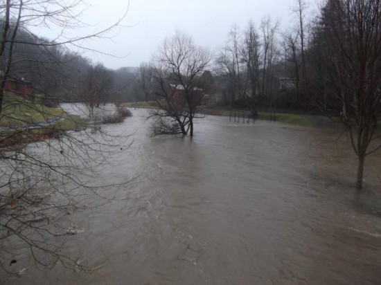 Jan15_Another view of Lansing town park and Horse Creek in Ashe County. Photo_Daniel Suggs