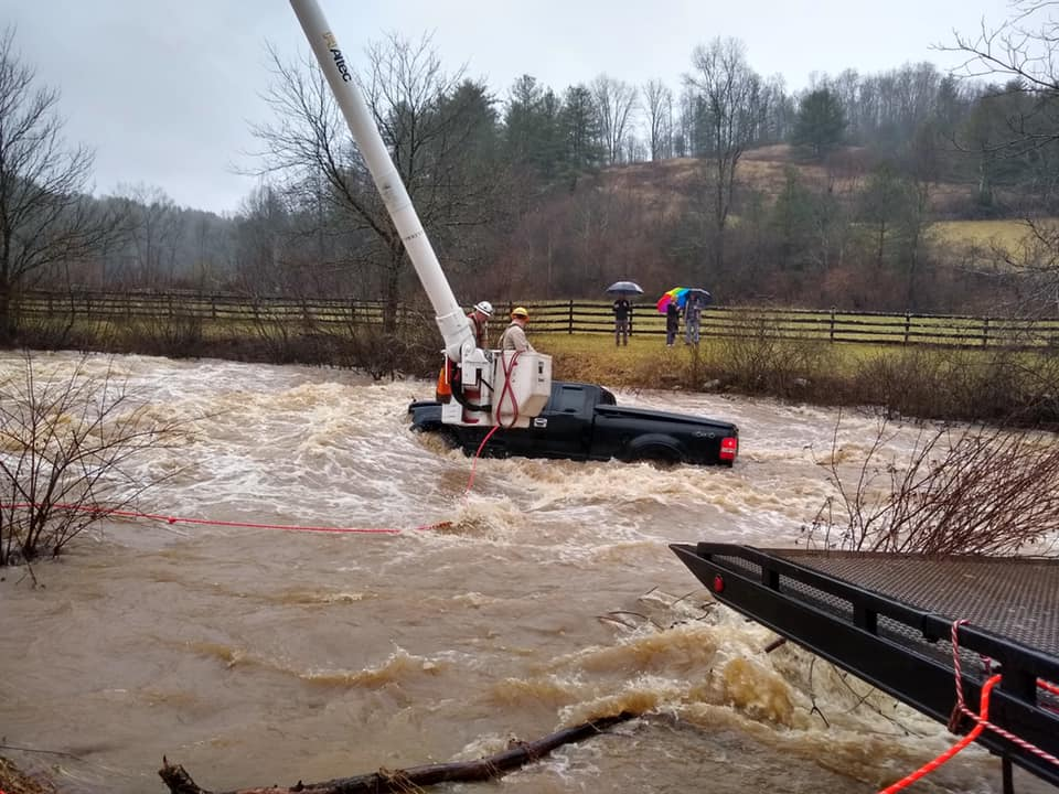 Mountain Electric Linemen Rescue Woman Trapped In Flood Waters