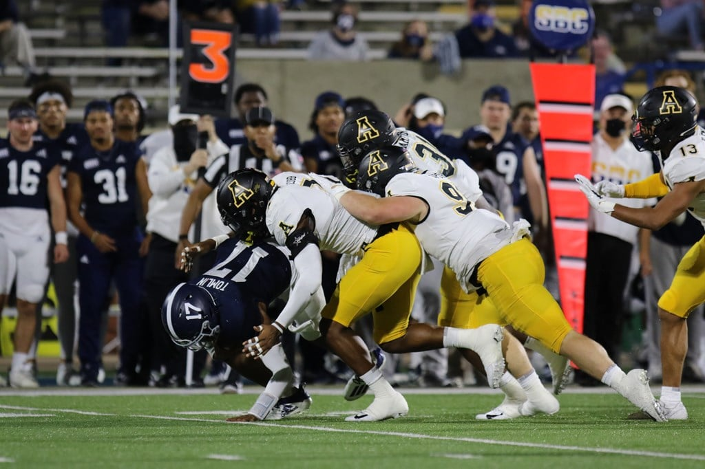Football: App State Storms Back to Beat Southern