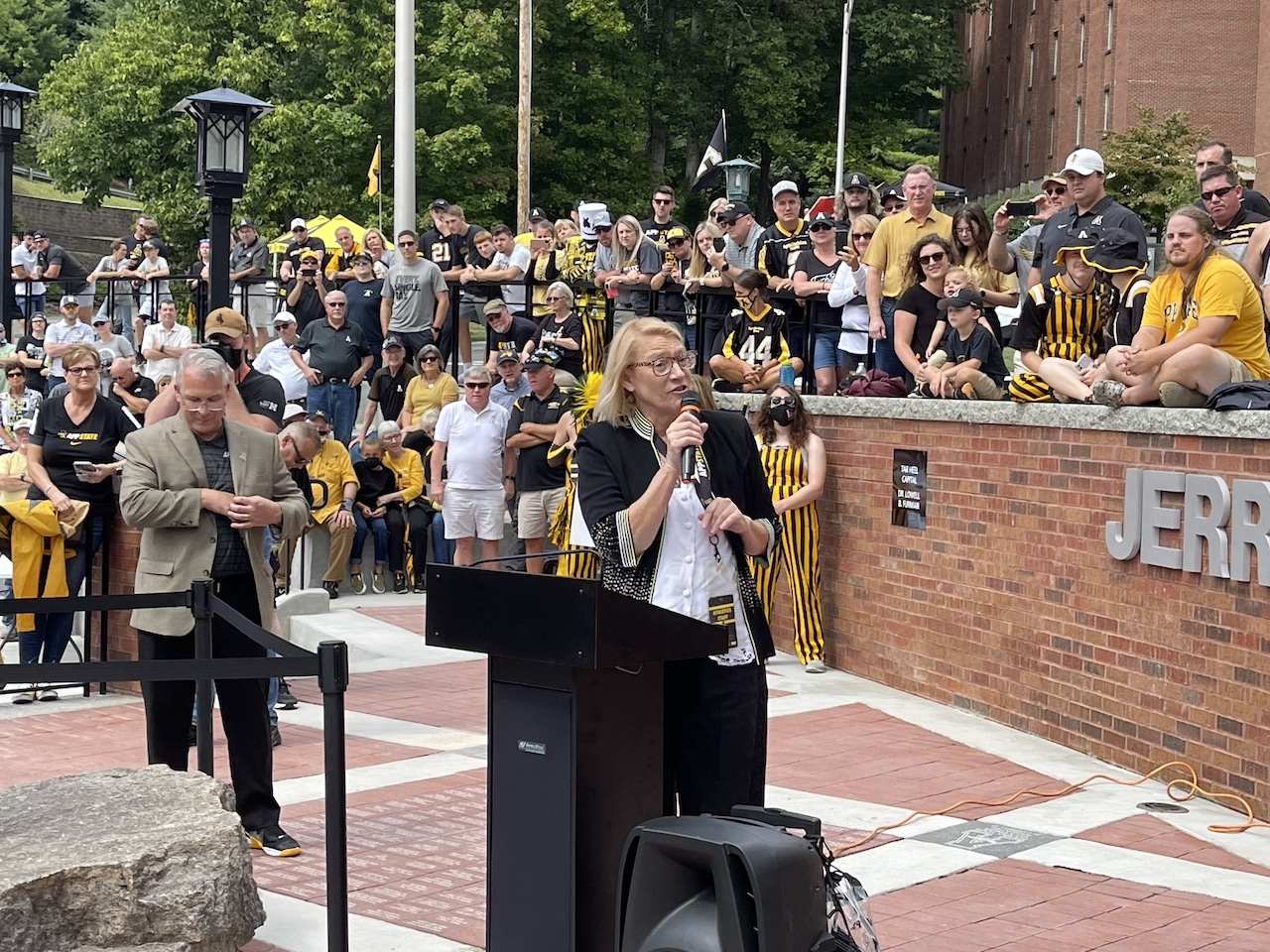 Coach Jerry Moore statue and plaza dedication unveiled ahead of App State home game