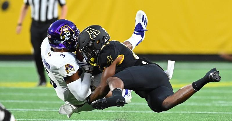 Mountaineers Roll to Opening-Night Win Over ECU in Charlotte