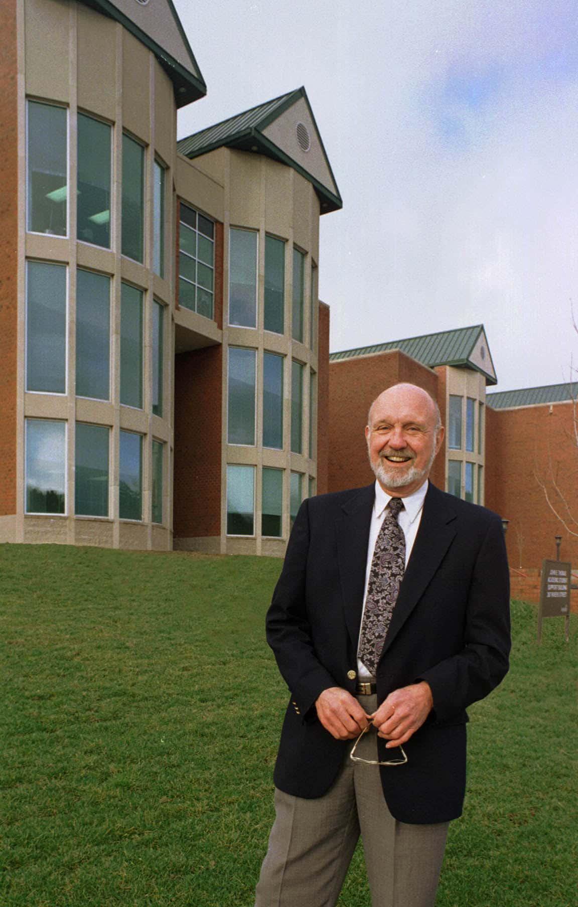 Former Appalachian State Chancellor John Thomas passes